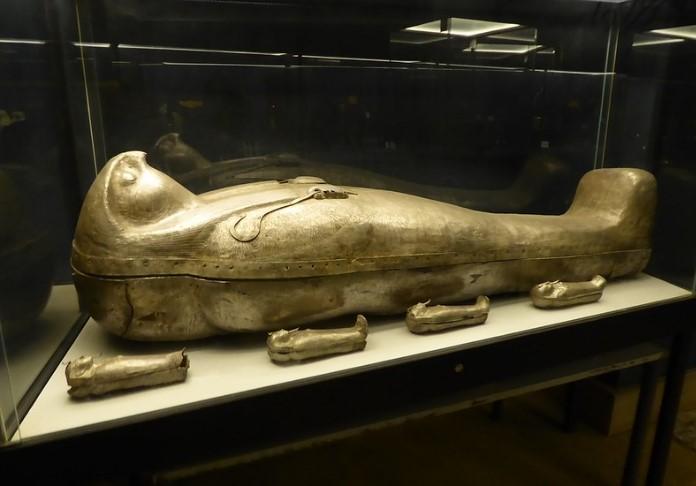 Sheshonq II coffin