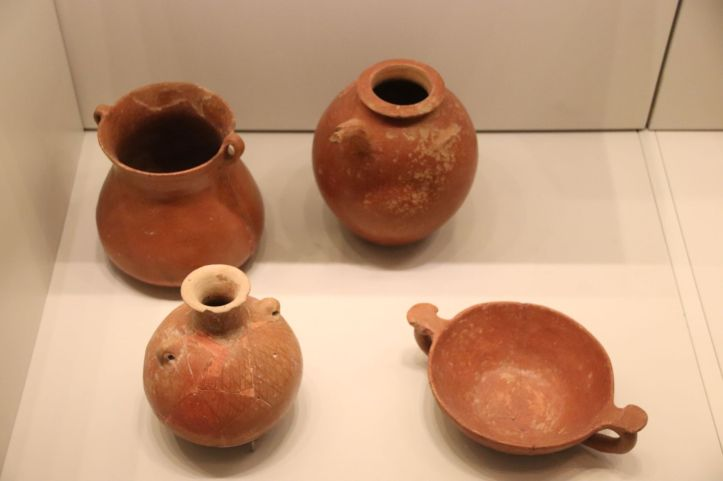 Early_Bronze_Age_Pottery_2