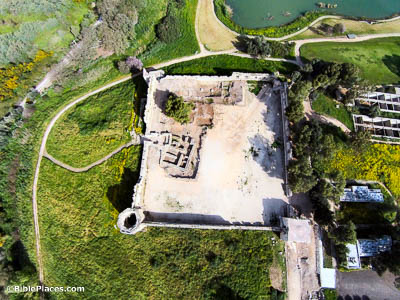 Aphek-Turkish-fort-and-LB-Egyptian-fort-aerial-from-south-ws032715897